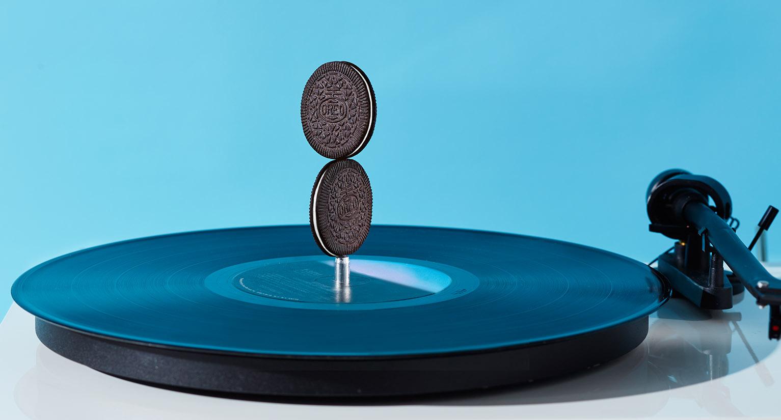 OreoThins-horz-record